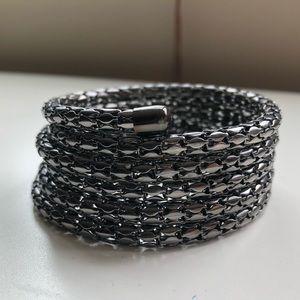 Jewelry - Bangle coil bracelet